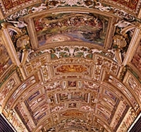 Vatican Museum and Sistine Chapels with Viator Tour and AboutRoma